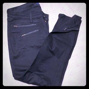 Luckybrand black zipper skinnies